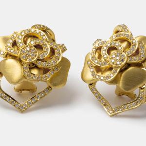 Brincos em ouro amarelo com diamantes